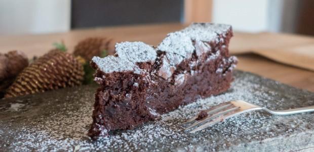 Mørk saftig sjokoladekake